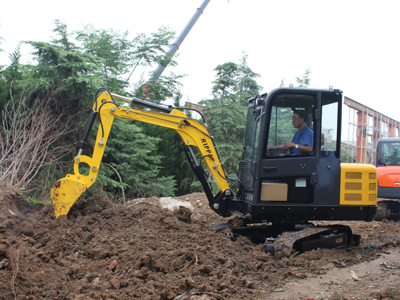 Brand and application of small excavator
