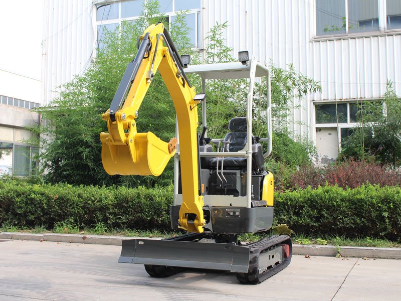 How much is a small excavator? Consider buying an excavator from three perspectives
